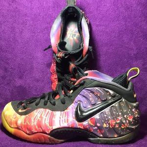 "Nike Foamposite shoes size 8.5 ""Asteroid"""